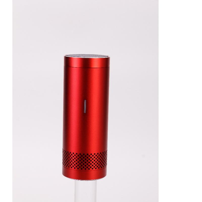 Samochodowy oczyszczacz powietrza zasilany przez USB z funkcją wykrywania jakości powietrza do usuwania dymu / kurzu / zapachu zwierzęcia / nieprzyjemnych zapachów / bakterii / formaldehydu w samochodzie