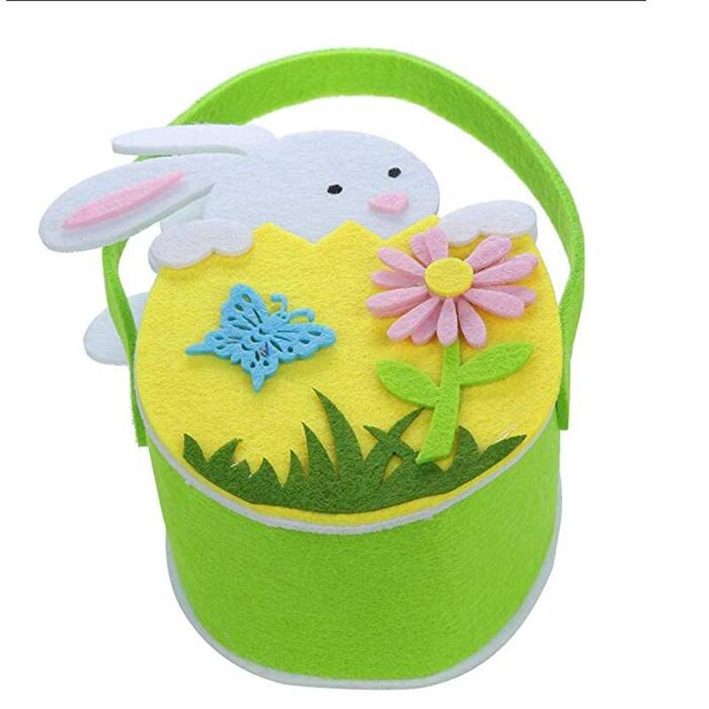 Filcowa torebka na prezenty dla królika wielkanocnego