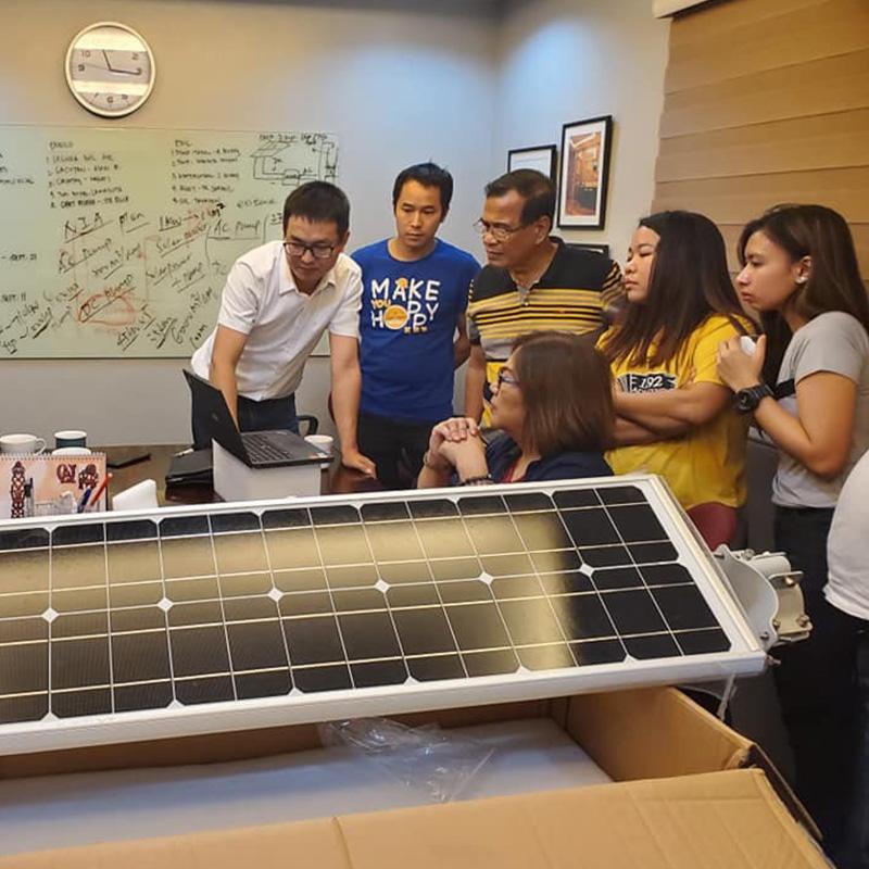 Witamy rząd Filipin wybrał słoneczną latarnię uliczną S9